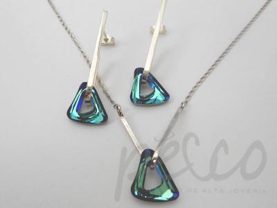 Juego de gargantilla y aretes elaborados en plata 950 con cristales azul