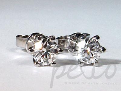 Topos elaborados oro blanco con diamantes naturales joyas Bogota